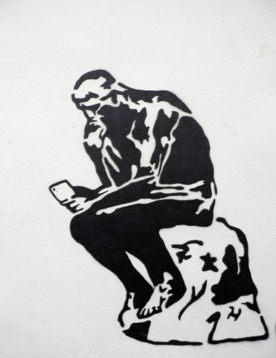 le-penseur-au-telephonet-2.1304955579.jpg